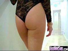 Gorgeous Latina Takes Cock In The Ass